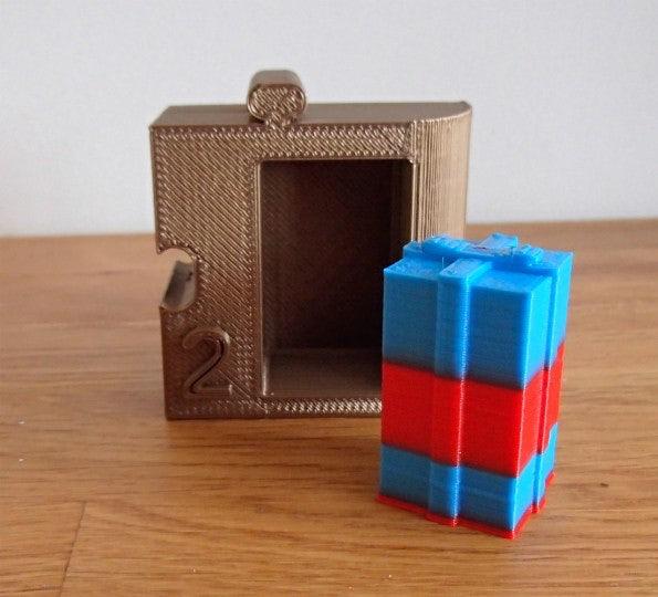 http://t3n.de/news/wp-content/uploads/2012/12/3D-Drucker-1-Geschenk-1-595x540.jpg