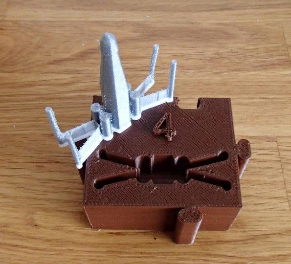 http://t3n.de/news/wp-content/uploads/2012/12/3D-Drucker-4-X-Wing-595x540.jpg