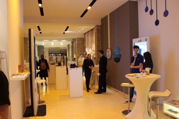 http://t3n.de/news/wp-content/uploads/2012/12/IMG_4739-595x396.jpg