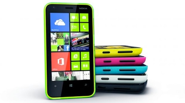 Nokia Lumia 620: Windows Phone 8 in bunt und billig
