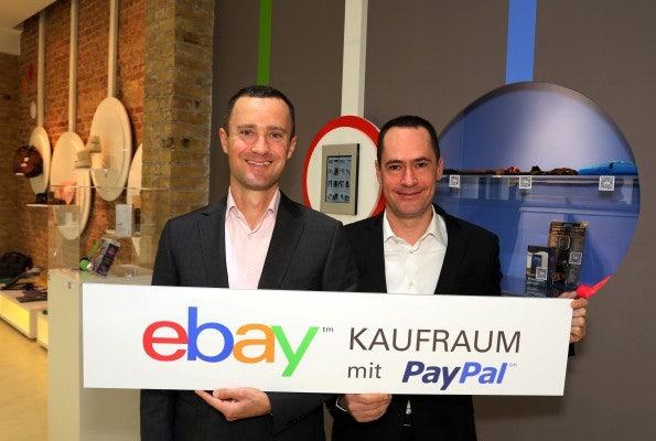 http://t3n.de/news/wp-content/uploads/2012/12/qr-code-shopping-1-595x400.jpg