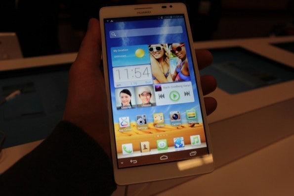 http://t3n.de/news/wp-content/uploads/2013/01/Huawei_ascend_mate5038-595x396.jpg