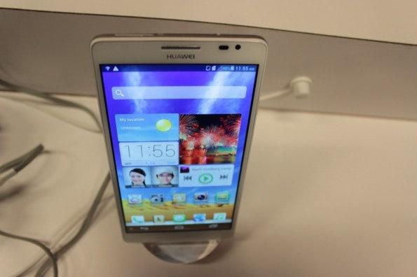 http://t3n.de/news/wp-content/uploads/2013/01/Huawei_ascend_mate5045-595x396.jpg