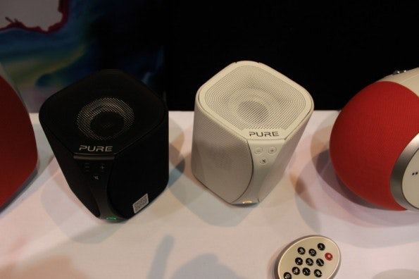 http://t3n.de/news/wp-content/uploads/2013/01/Pure-Jongo-sonos-alternative-4892-595x396.jpg