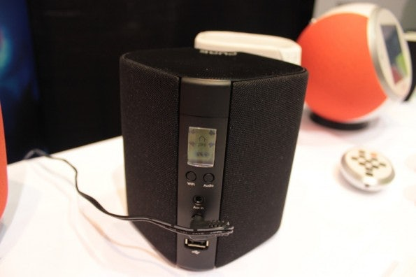 http://t3n.de/news/wp-content/uploads/2013/01/Pure-Jongo-sonos-alternative-4895-595x396.jpg