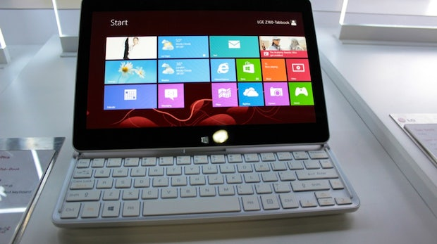 LG Tab Book und Tab Book Ultra: leichte Windows 8 Slider im Hands-On [CES 2013]