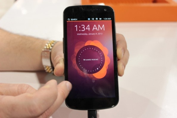 http://t3n.de/news/wp-content/uploads/2013/01/ubuntu-phone-os-hands-on-5263-595x396.jpg