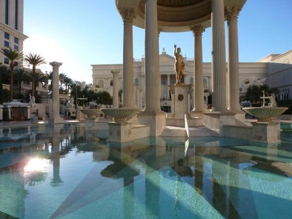 """Poolbereich im """"Caesar's Palace"""", dem Veranstaltungsort des Parallels Summit 2013."""