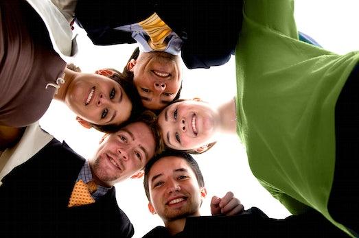 Sponsored Post: Vernetzt Arbeiten in virtuellen Teams mit Social PM