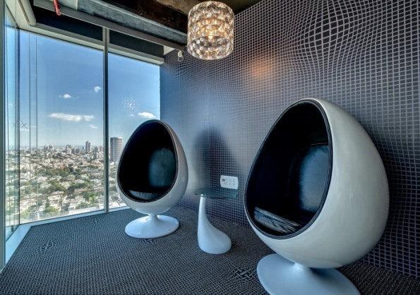 Einer der vielen Rückzugsmöglichkeiten im neuen Google Office Tel Aviv (Bild: Cemenzind, via Office Snapshots)