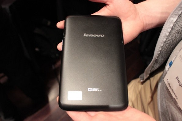 http://t3n.de/news/wp-content/uploads/2013/02/Lenovo-A1000-7-zoll-tablet-IMG_6041-595x396.jpg