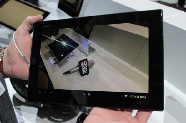 http://t3n.de/news/wp-content/uploads/2013/02/Sony-Xperia-Tablet-z-hands-on-IMG_6302-595x396.jpg