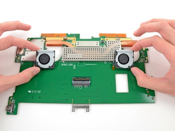 http://t3n.de/news/wp-content/uploads/2013/02/Surface-Pro-ifixit-4-595x446.jpeg