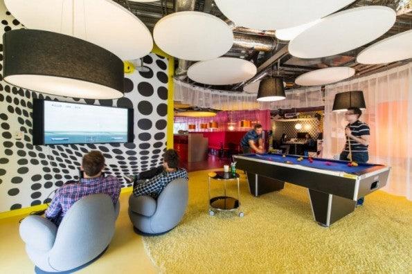 http://t3n.de/news/wp-content/uploads/2013/02/google-office-design-1-700x466-595x396.jpeg