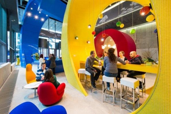 http://t3n.de/news/wp-content/uploads/2013/02/google-office-design-700x466-595x396.jpeg