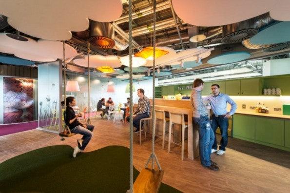 http://t3n.de/news/wp-content/uploads/2013/02/google-office-interior-3-700x466-595x396.jpeg