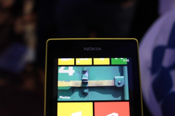 http://t3n.de/news/wp-content/uploads/2013/02/nokia-lumia-520-IMG_6127-595x396.jpg