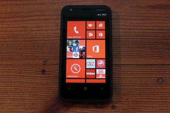 http://t3n.de/news/wp-content/uploads/2013/02/nokia-lumia-620-5607-595x396.jpg