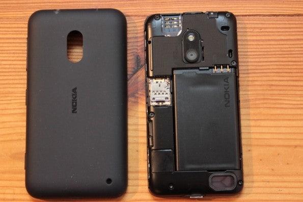http://t3n.de/news/wp-content/uploads/2013/02/nokia-lumia-620-5628-595x396.jpg