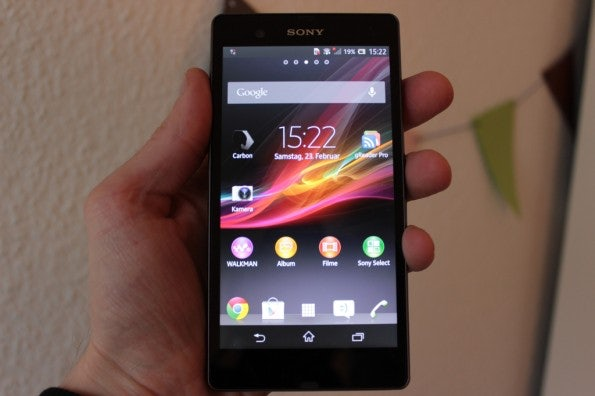 http://t3n.de/news/wp-content/uploads/2013/02/sony-xperia-z-cover-595x396.jpg