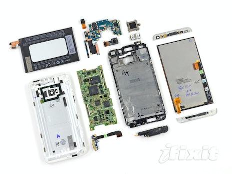 HTC One in seine Einzelteile zerlegt: Es ist nahezu unreparierbar
