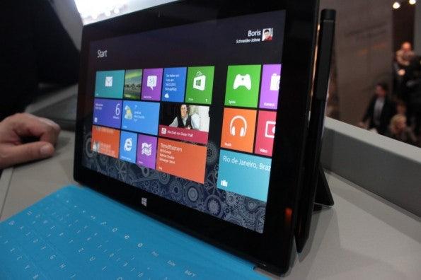 Bereits Ende Juni könnte Microsoft Nachfolgehardware des Surface Pro auf der Build Conference vorstellen.