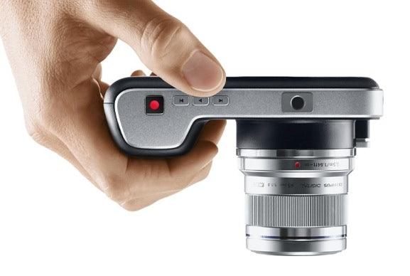 http://t3n.de/news/wp-content/uploads/2013/04/9-blackmagic-pocket-cinema-camera.png