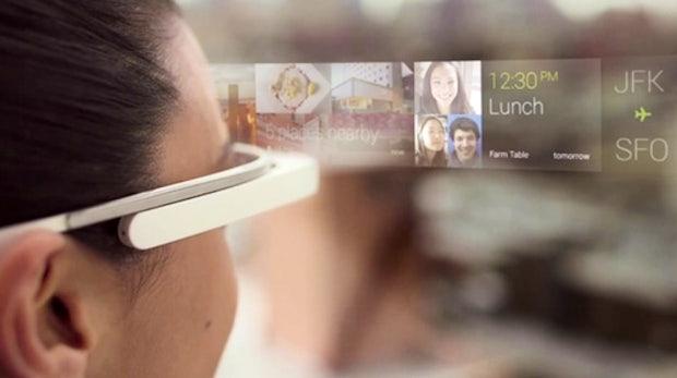 Google Glass: Erste Schritte mit der Datenbrille im Video