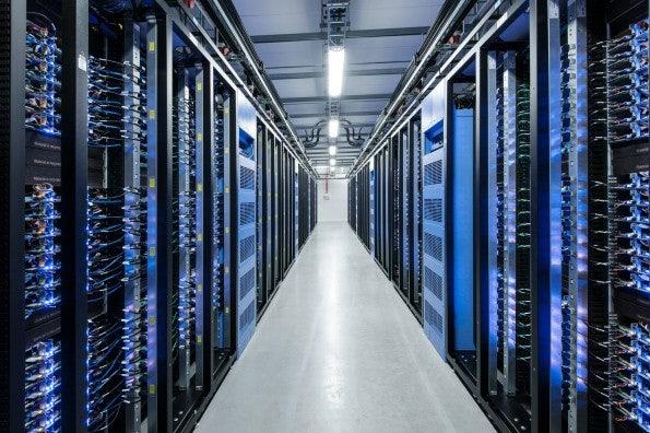 Facebook setzt in seinen Datenzentren künftig auf Freeze-ray-Technologie. (Bild: Facebook)