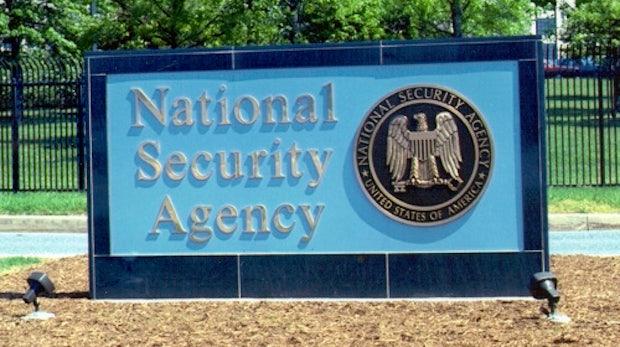 PRISM-Infografik: So kommt der US-Geheimdienst an deine Daten