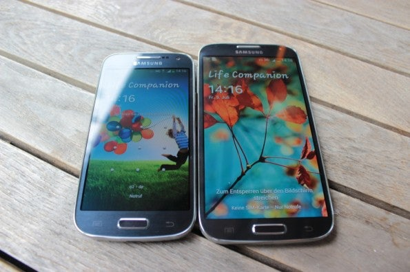 http://t3n.de/news/wp-content/uploads/2013/07/samsung-Galaxy-S4-mini-vs-samsung-galaxy-s4-6961-595x396.jpg