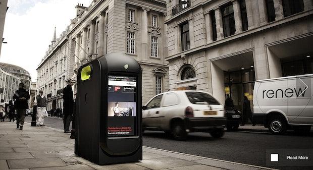 Mülleimer in London zeigen personalisierte Werbung