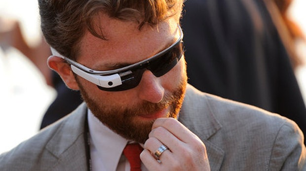 Zahlen pro Blickkontakt: Patent für Google Glass läutet eine neue Ära der Werbung ein