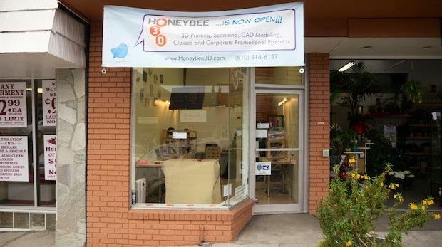 28 Quadratmeter Zukunft: Zu Besuch bei einer der ersten Nachbarschafts-3D-Druckereien der Welt [Video]
