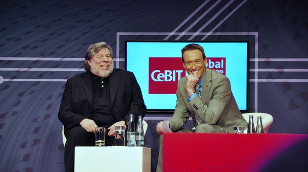 """Apple-Mitgründer Steve Wozniak: """"Edward Snowden ist ein Held!"""" [CeBIT 2014]"""
