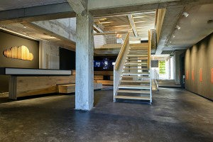 http://t3n.de/news/wp-content/uploads/2014/06/startup_factory_soundcloud_stairs.jpg