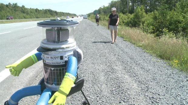 hitchBOT ist am Ziel: Die 10 schönsten Momente des Roboter-Road-Trips