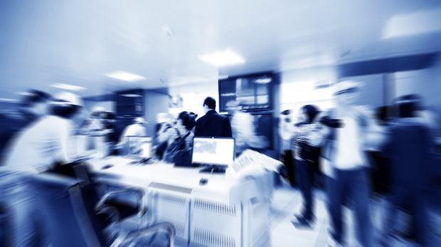 Arbeiten im Großraumbüro: So vermeidet ihr unnötigen Lärm
