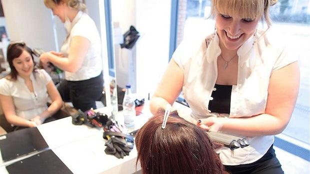 Facebook für Kleinunternehmer: Wie ein Friseursalon sich eine 6.000-Fangemeinde aufgebaut hat
