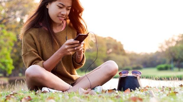 Musik hören, Fotos knipsen, Termine planen: Wie 44 Millionen Deutsche ihre Smartphones nutzen