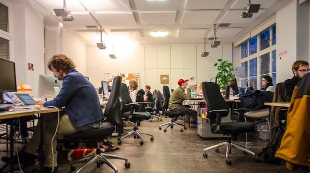 Innovatives Arbeitsumfeld statt Prestige: Warum sich die Generation Y für Startups entscheidet