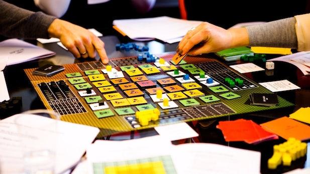 """""""Play fast, break things!"""" – Mittels Brettspiel zum Lean Startup"""