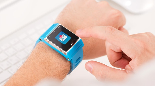 Revolutionäre Akku-Technologie für Wearables: Swatch-Batterie soll Monate halten