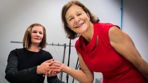 Nadine: Dieser humanoide Roboter sieht erschreckend menschlich aus