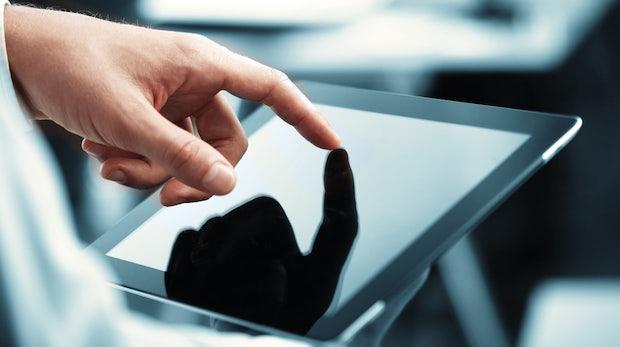 Tragbares Kassensystem: Douglas stattet sämtliche Filialen mit Tablets aus