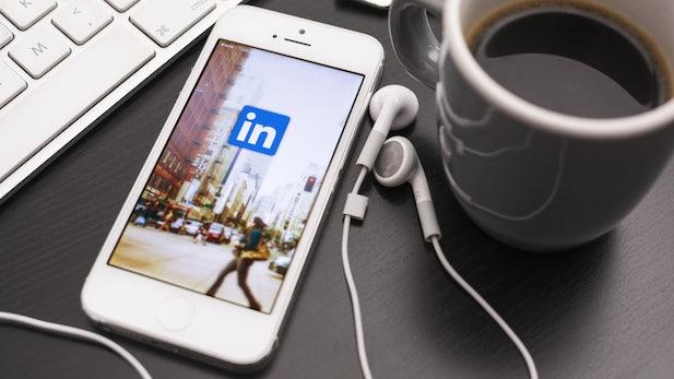 Das ultimative LinkedIn-Cheatsheet für ein perfektes Profil