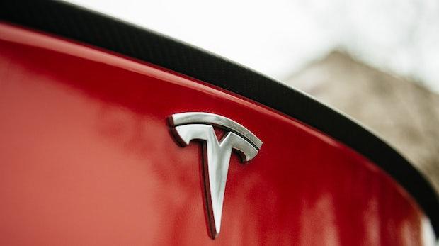 Aktie auf Allzeithoch: Tesla überholt Ford als zweitwertvollsten US-Autohersteller