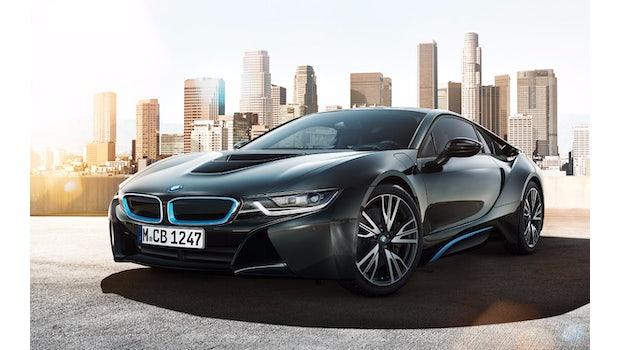 Der BMW i8 wird bald auch als Elektrofahrzeug über die Straßen surren. (Bild: BMW)