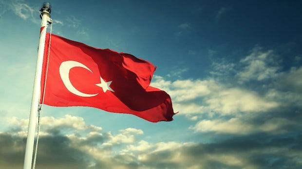 Wikileaks veröffentlicht E-Mails der Erdoğan-Partei AKP und wird in der Türkei gesperrt