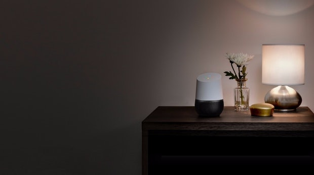 Google Home: Deutschland-Start der Amazon-Echo-Konkurrenz im August